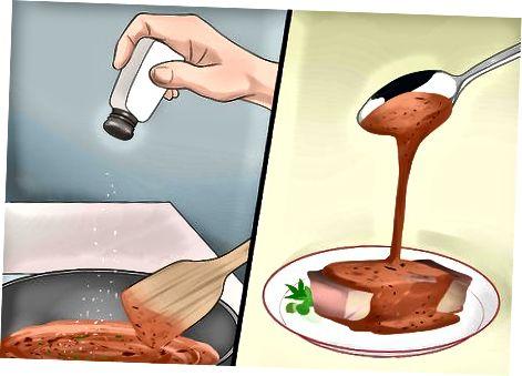 Eine Sauerampfer-Sauce machen