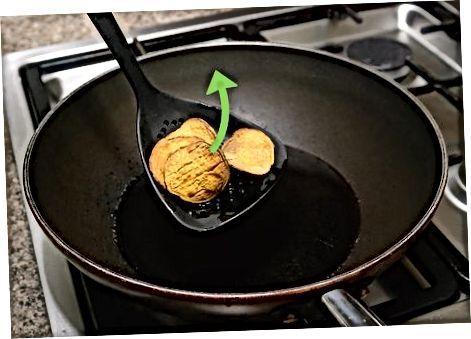 سرخ کردن چیپس سیب زمینی شیرین