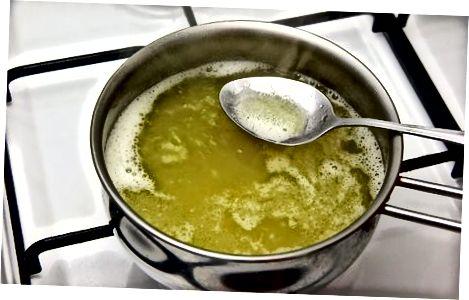 Fazendo Manteiga Clarificada