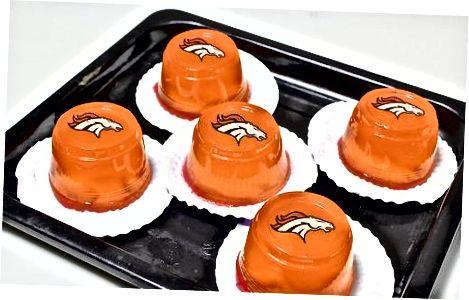 Bitta jamoa uchun Super Bowl Jello zarbalarini qiling
