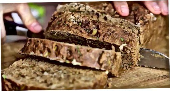 Veganiška cukinijų duona