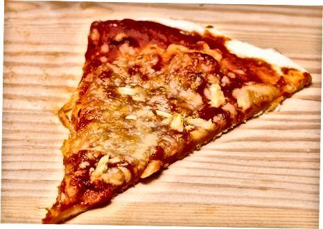 Omsorg for din pizzastein