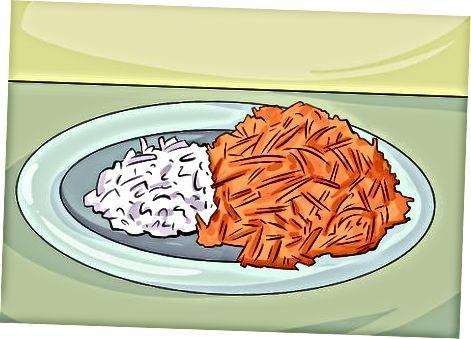 Приготування свинини та овочів