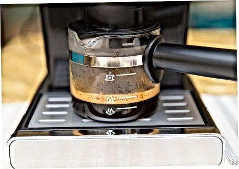 制作意式浓缩咖啡