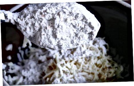 用南瓜制作Mac和奶酪
