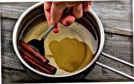 უბრალო დარიჩინის ცხელი ვაშლის სიდრი