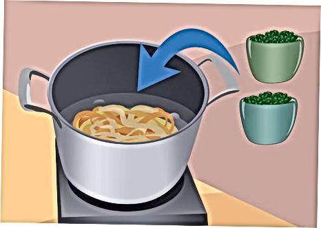 Marrja e makaronave me vezë Pesto dhe të Fërguara