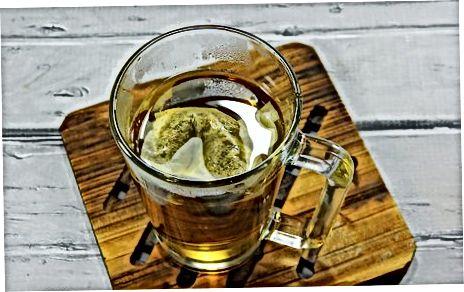 Chai bereiden met melk en suikermix