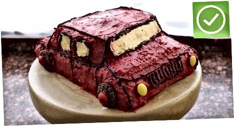 रेसिंग कार केक