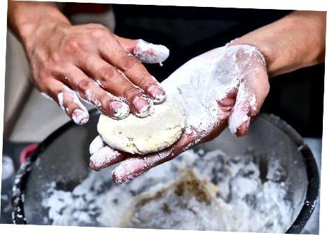 Приготування тіста для сої