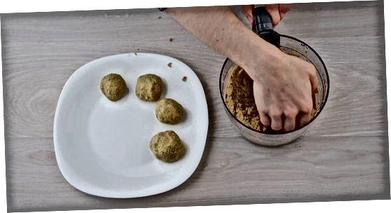 მარტივი გამომცხვარი Falafel