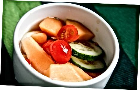 Solata iz paradižnika in melone