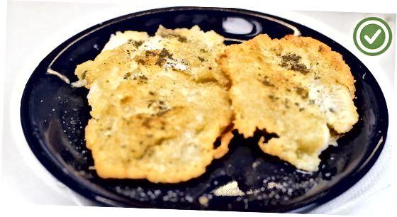Qovurilgan pan-Fried Flounder