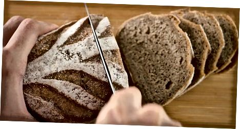 Duonos pjaustymas