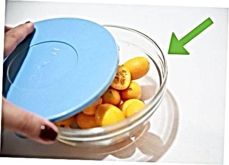 Kumquat yeyish