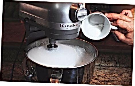 Pisking av eggehvitene