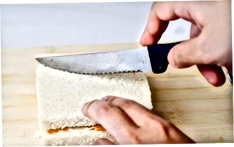 Rūkyto lašišos sumuštinis