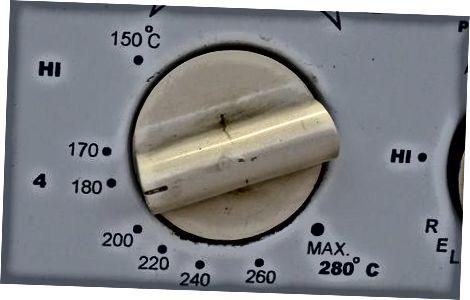 Mikrowellen-Ellbogen-Makkaroni herstellen