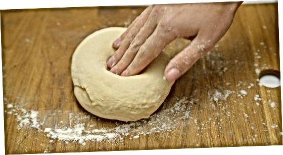 Elaboració de pa amb llevat instantani