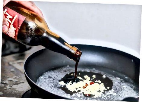 Сервирање са сосом