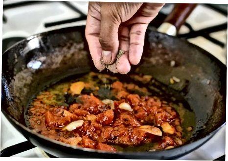 Pomidor sousi bilan farishta sochli makaron
