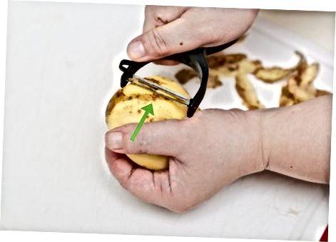 בעזרת תפוחי אדמה מבושלים