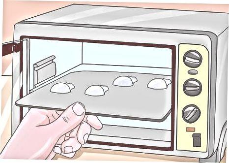Cukraus kaukolių gaminimas su kiaušinių baltymais