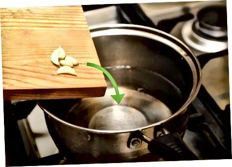 Pasigaminsime lęšių sriubą puode