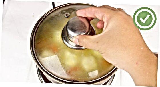 დამზადება Herbed Cornmeal Dumplings
