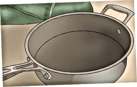 Ročno pranje posode Calphalon