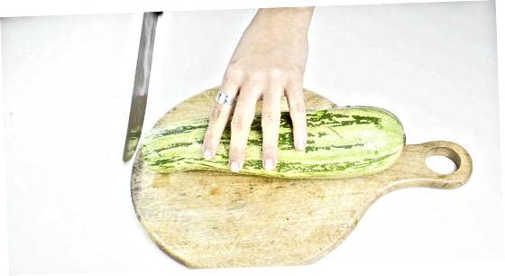 Krõbedate suvikõrvitsakrõpsude valmistamine