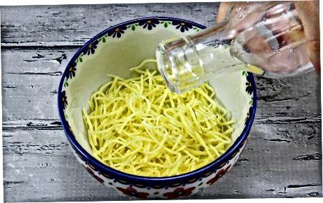 Derreter o queijo no microondas