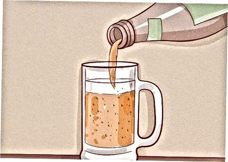 Aus einem Glas trinken