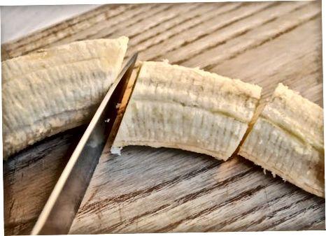Бананы ў какосавым малацэ