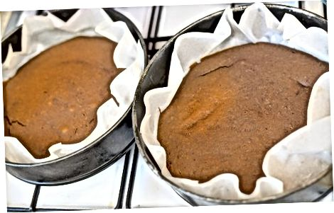 Pečenje črne žametne torte