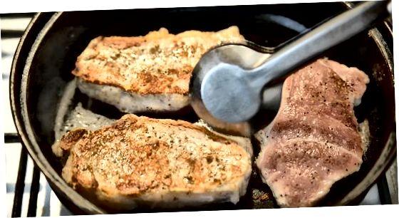 Pečenje preprostih debelih svinjskih rezin