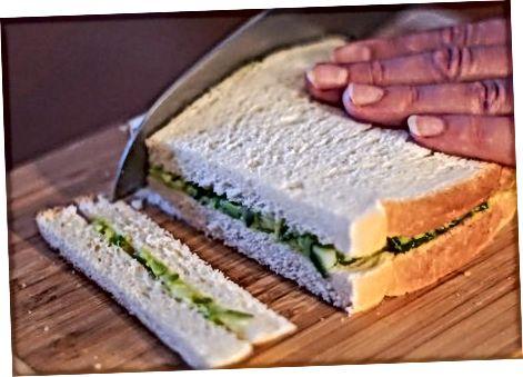 Herbed Avokado sendvichlarini tetiklashtiradi