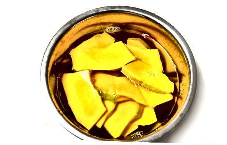 Pishgan butternut qovoq chiplari - qisqichbaqalar