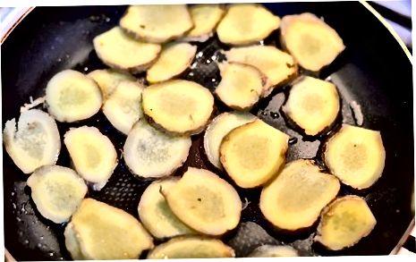 Frying Crispy Sunchoke chiplari