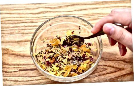 Forelle mit Fenchelkruste und Zitronen-Ingwer-Vinaigrette