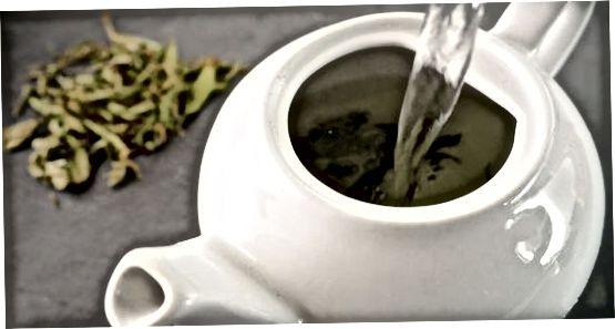 מכין תה ירוק רופף