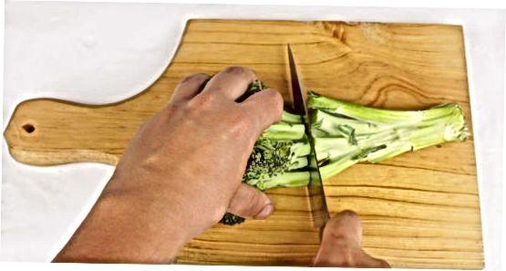Brokkolini panada qovurish