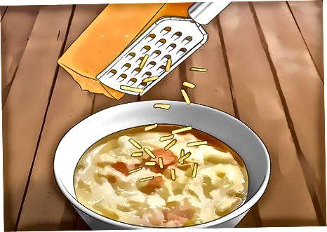 ڈیری مصنوعات کے ساتھ اپنے سوپ کو ٹاپ کرنا