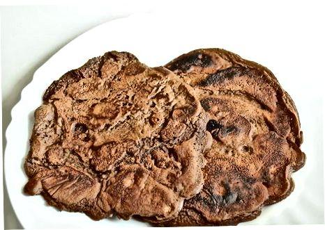 Boy shokoladli omlet