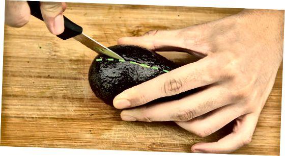 制作传统鳄梨酱