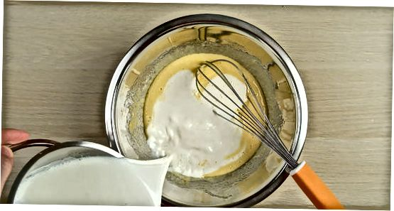 Forberede en vaniljesaus-base
