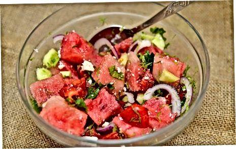 ბერძნული საზამთროს სალათის დამზადება ფორთოხლის ვინსრეტით