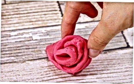 Fazendo Rosas Fondant