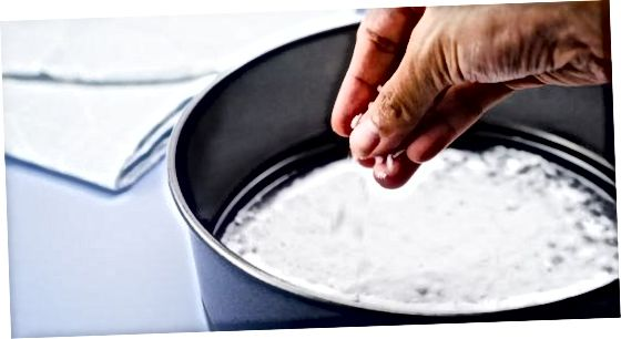 Забиття впертого залишку оцтом та харчовою содою
