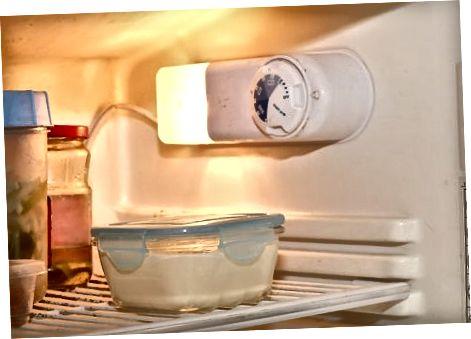 Padaryti paprastą ir lengvą vanilės fudge